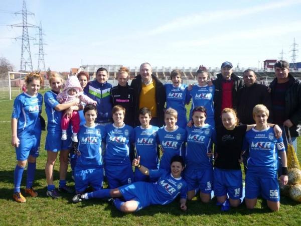 echipa de fotbal feminin cs real craiova a  u00eenvins fc brazi  cu scorul de 4-0